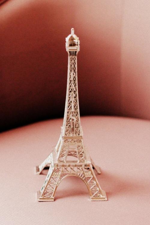 Eiffel-2